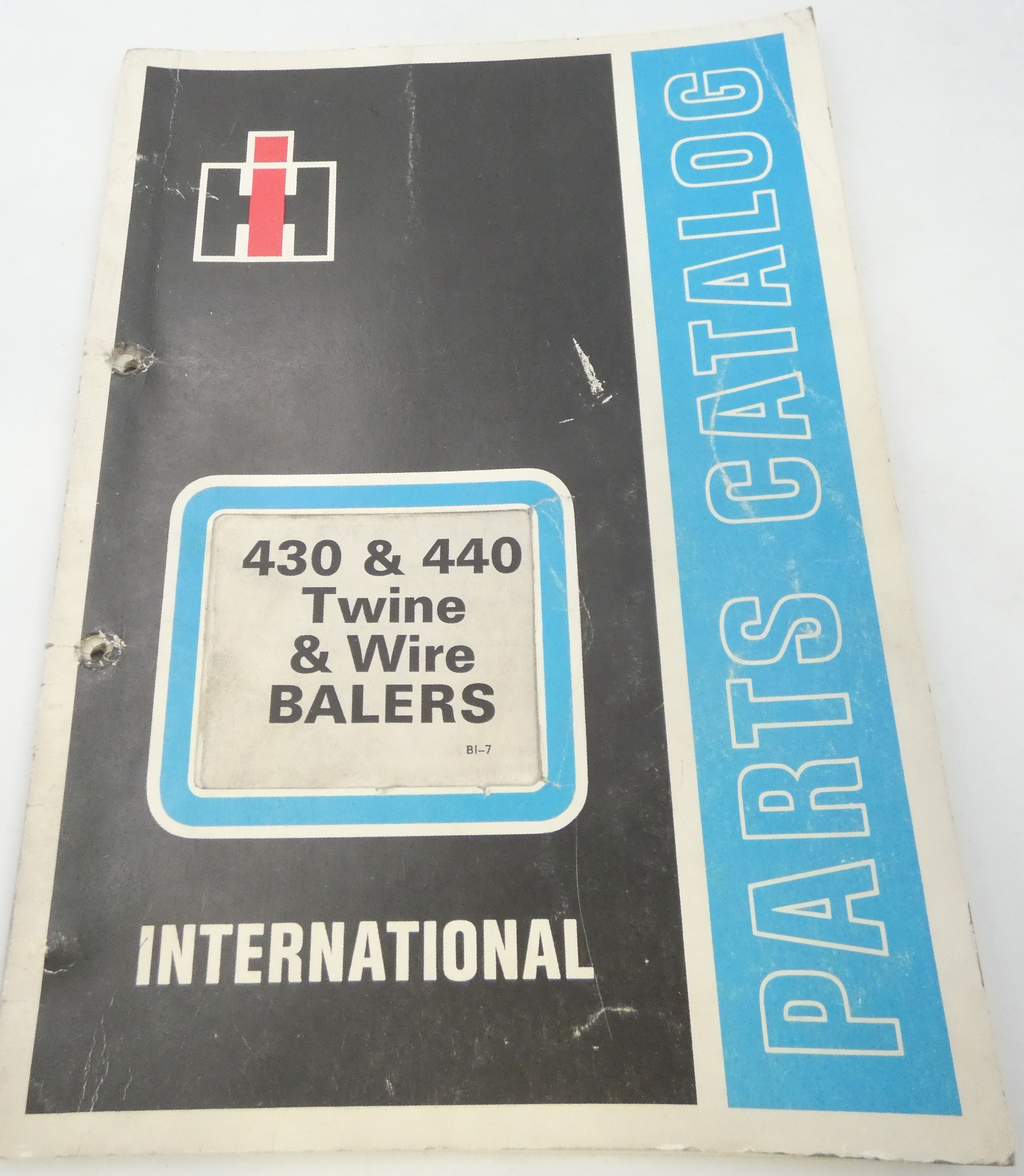 International 430 & 440 twine & wire balers parts catalog