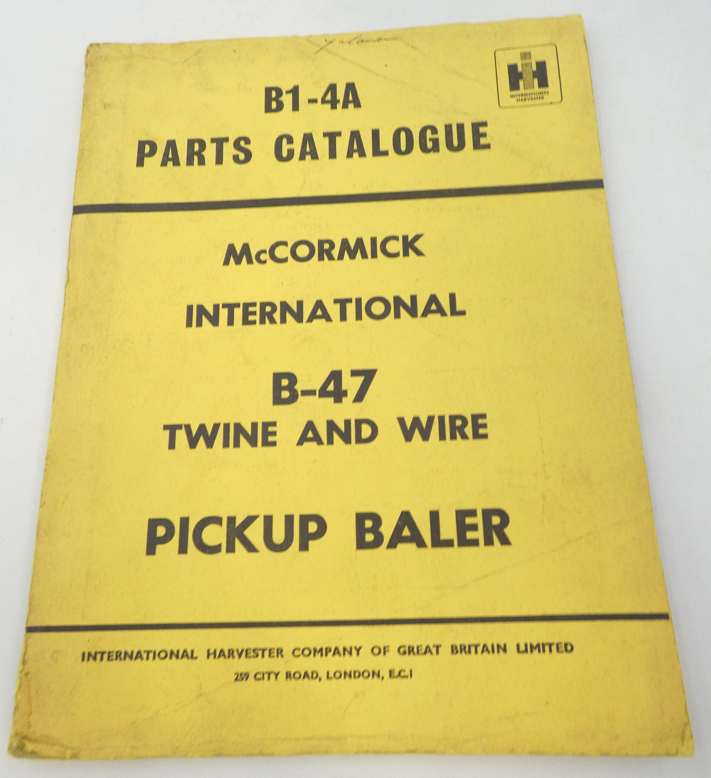 McCormick International B-47 twine and wire pickup baler parts catalogue